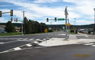 Green Light AT Earl Drive